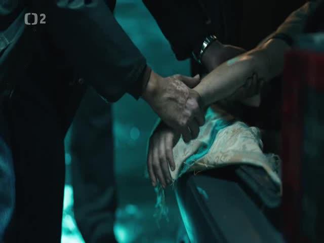 Lovec S01E07 Lovci CZ dabing